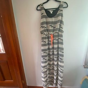 Bar III Tribal Print Maxi Dress with slits size XL